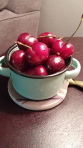 rasp fro dessert and enamelware4