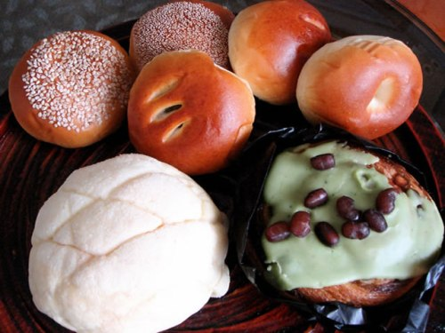 Best Bakeries In The World:  Anpan Breads at Kimuray Bakery
