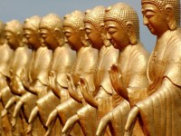 golden-statues