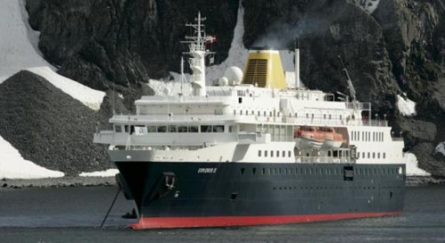 Explorer II Cruise Ship - Antartica