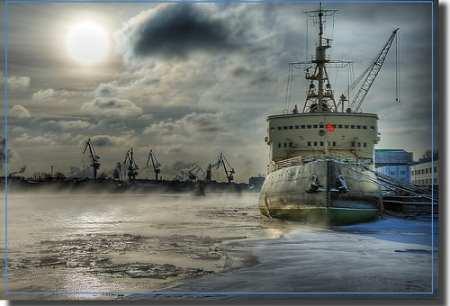 HDR Photos - City at 60 degrees North / Icebreaker Krasin
