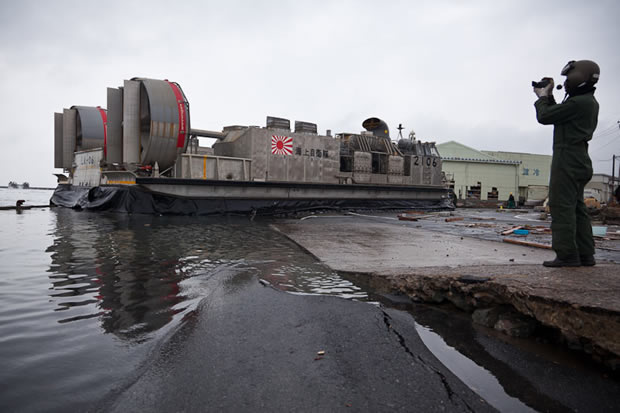 Japan Tsunami - LCAC