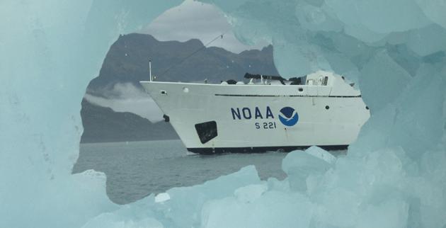 NOAA-Ice-Ship-Rainier