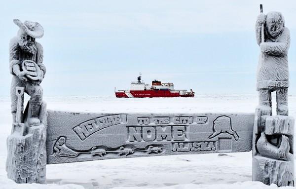 USCGC Healy icebreaker nome alaska coast guard cutter