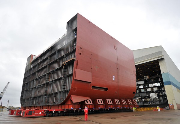 Queen Elizabeth aircraft carrier shipyard BAE Systems megablock construction shipbuilding