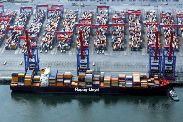 Shanghai Express port of hamburg hapag lloyd