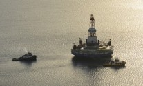 Shell CEO: Both Arctic Drilling Rigs Need Work and Further Evaluation