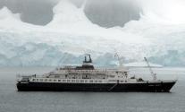 Atlantic Hawk Secures Derelict Cruise Ship Off Newfoundland
