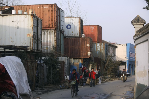 shipping containers shanghai poverty china