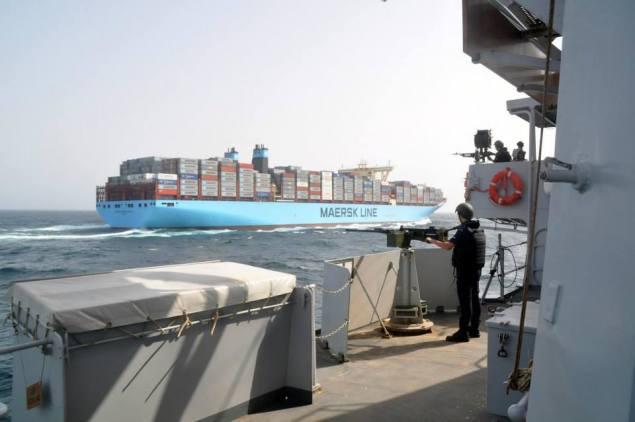 HNLMS Van Speijk maersk mc-kinney moller dutch frigate