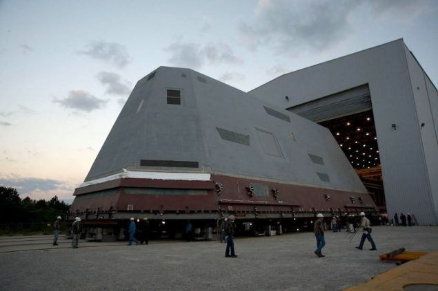 Rollout of the 900-ton composite deckhouse for the destroyer Zumwalt (DDG 1000) at HII's Gulfport facility. The deckhouse was delivered to the U.S. Navy in October 2012. Photo credit: HII