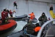Sailors Unions Defend Greenpeace Crew