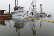 Stephen L. Colby Sinking: Salvage and Cleanup Continue on Upper Mississippi River