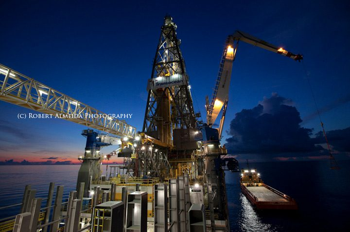 discoverer clear leader drillship offshore rig transocean