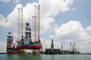 Singapore Readies Up to $1.1 Billion for Oil & Gas-Linked Firms