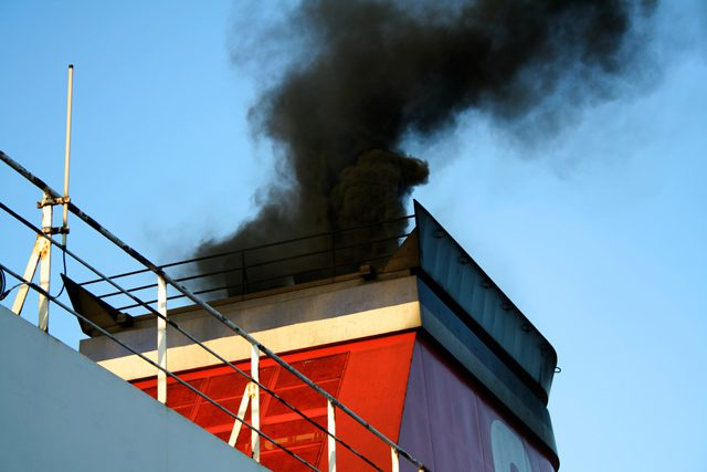 shipping ship smoke emissions carbon co2