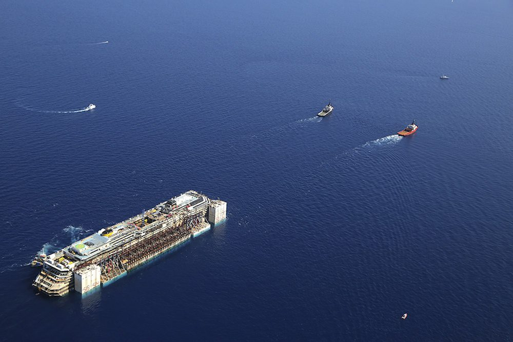 Costa concordia underway, courtesy Italian Department of Civil Defense