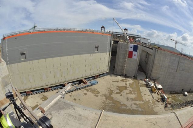 The first new lock gate is installed on the Pacific side of the Panama Canal expansion, January 19, 2015. Photo courtesy ACP