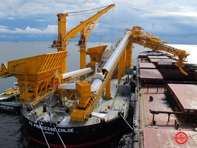 self unloading cement carrier