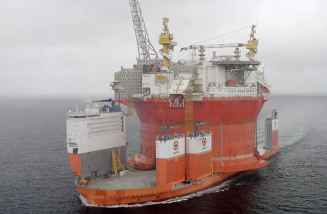 goliat fpso dockwise vanguard heavy lift