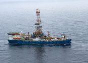 Shell's Noble Discoverer Drillship Heads for Alaska