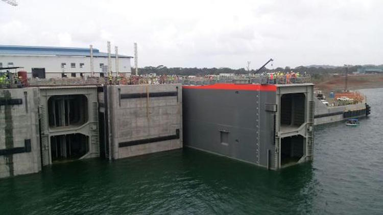 Tests of the new locks on the Atlantic side of the canal in June 2015. Photo: ACP