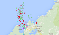 AIS data from MarineTraffic.com still showed a huge backlog of ships on both sides of the canal, November 18, 215. Image credit: Marine Traffic