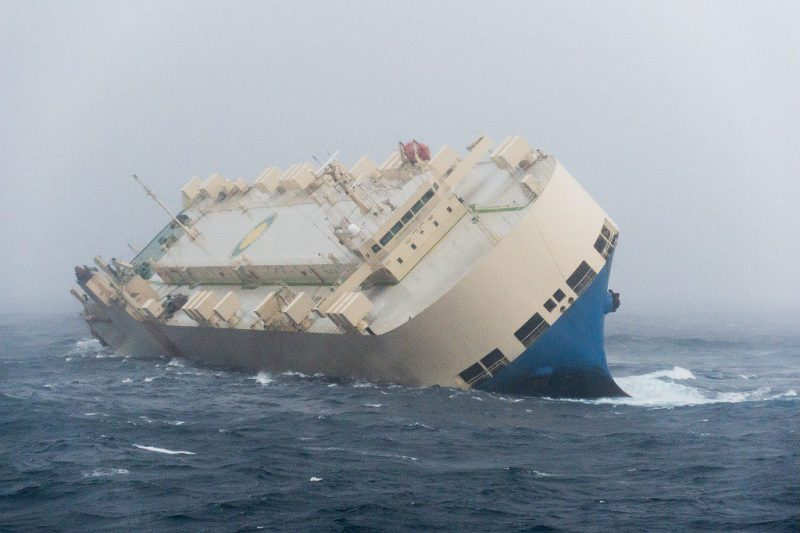 The Panama-flagged Modern Express adrift in the Bay of Biscay. Photo credit: French Navy