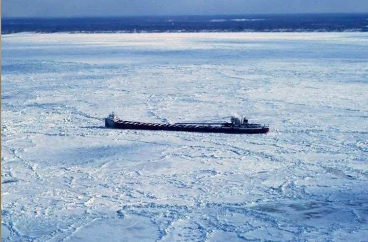 The laker Arthur M. Anderson beset in ice near Conneaut, Ohio, Feb. 19, 2015. Photo credit: Canadian Coast Guard