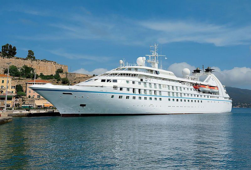 Windstar Cruises' Star Breeze. Photo credit: Creative Commons