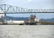 Damaged Bulk Carrier Reaches Washington Pier