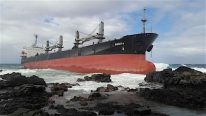 Salvors Prepare to Refloat MV Benita in Mauritius