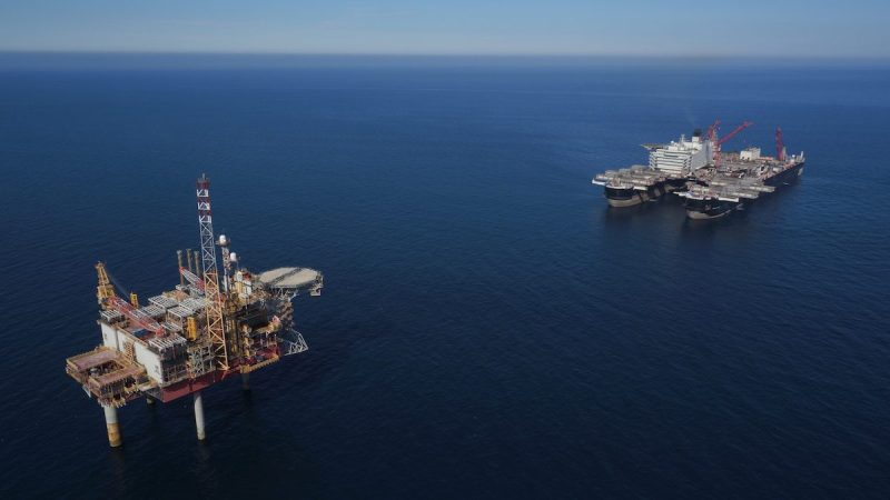 Allseas Pioneering Spirit Approaches Platform For First Oil Rig Decommissioning Job