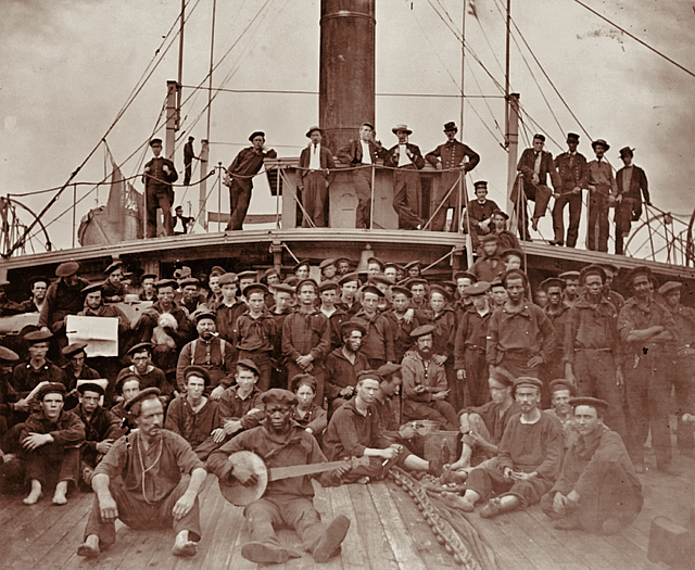USS_Hunchback_crewmen_in_the_American_Civil_War