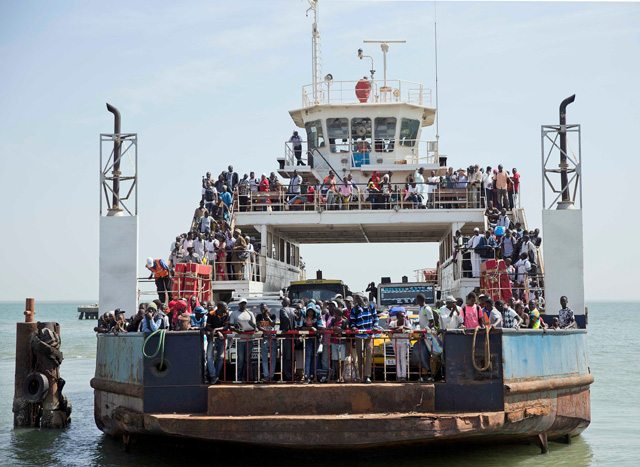 GAMBIA-ferry