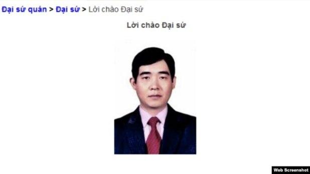 Đại sứ Việt Nam tại Bắc Hàn Phạm Việt Hùng.