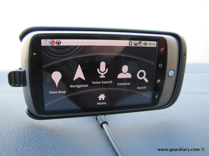 google_nexus_one_car_dock_02
