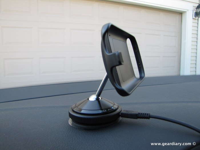 google_nexus_one_car_dock_10