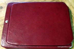 geardiary-orbino-padova-ipad-case-in-use-10