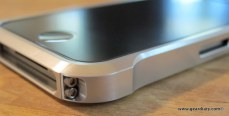 Gear Diary iPhone Accessory Review: The Element Case Vapor for iPhone 4 photo