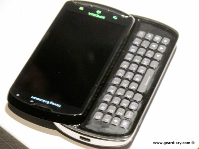 geardiary-chipchick-sony-ericsson-mobile-word-congree-pro-neo-play-111