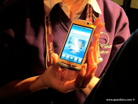 geardiary-chipchick-sony-ericsson-mobile-word-congree-pro-neo-play-70