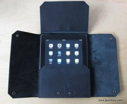 Gear Diary iPad Accessory Review: AUTUM Turncoat Case photo