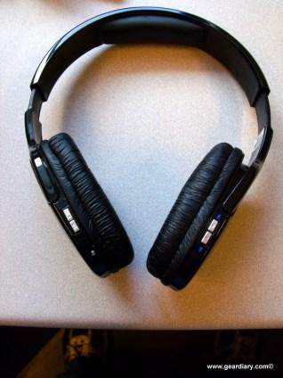 SportyHeadphones-1