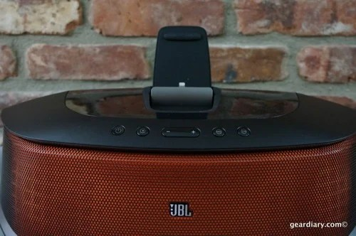 Gear Diary JBL OnBeat Rumble 05