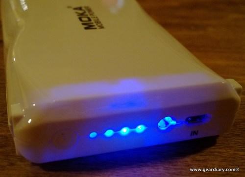 geardiary-moka-20000mah-external-battery-005