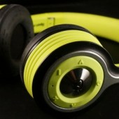 Gear-Diary-Monster-iSport-Freedom-Bluetooth-Headphones.53.jpeg