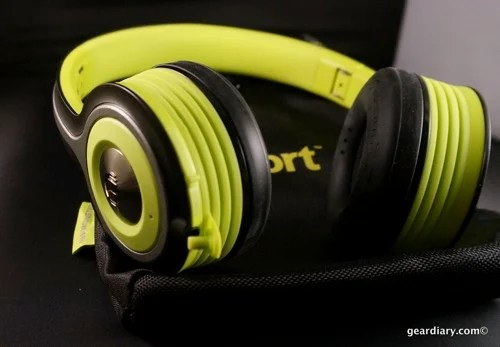 Gear Diary Monster iSport Freedom Bluetooth Headphones 54