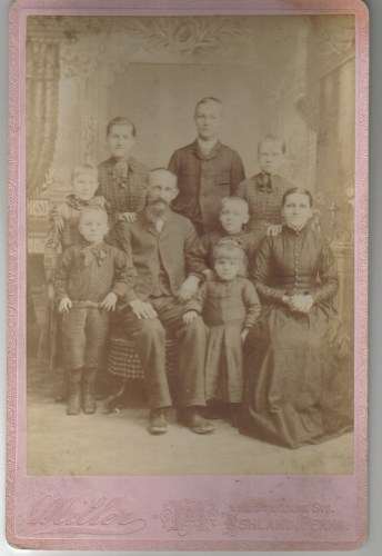 The Klinger Family (1892): Maria Savilla, Lydia Ellen, Harry, Cyrus, Sally, Maria, Amos, Ida, and Charles Oscar