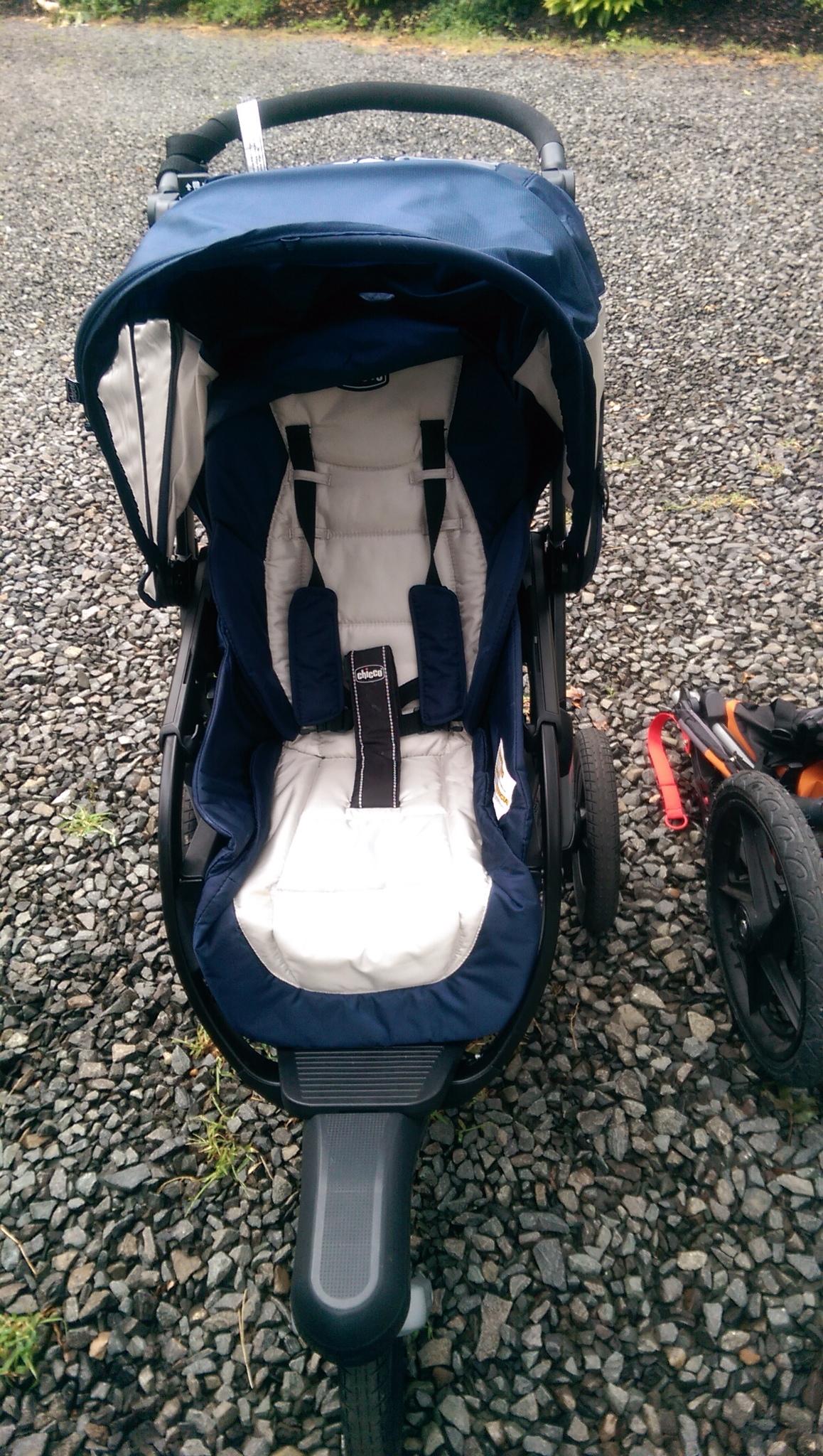 Fullsize Of Chicco Activ3 Jogging Stroller